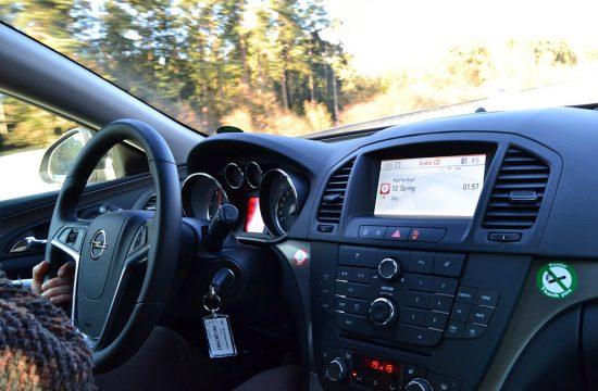 Pour votre permis, optez pour une boite automatique ou la conduite accompagnée !