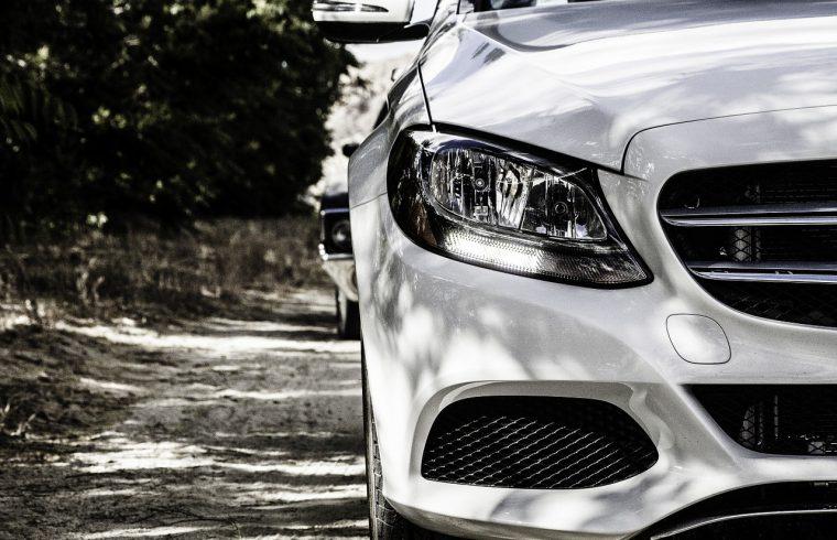 Quelles sont les caractéristiques d'une voiture de luxe ?