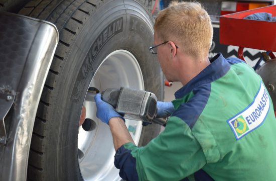 Pourquoi et comment changer ses pneus ?