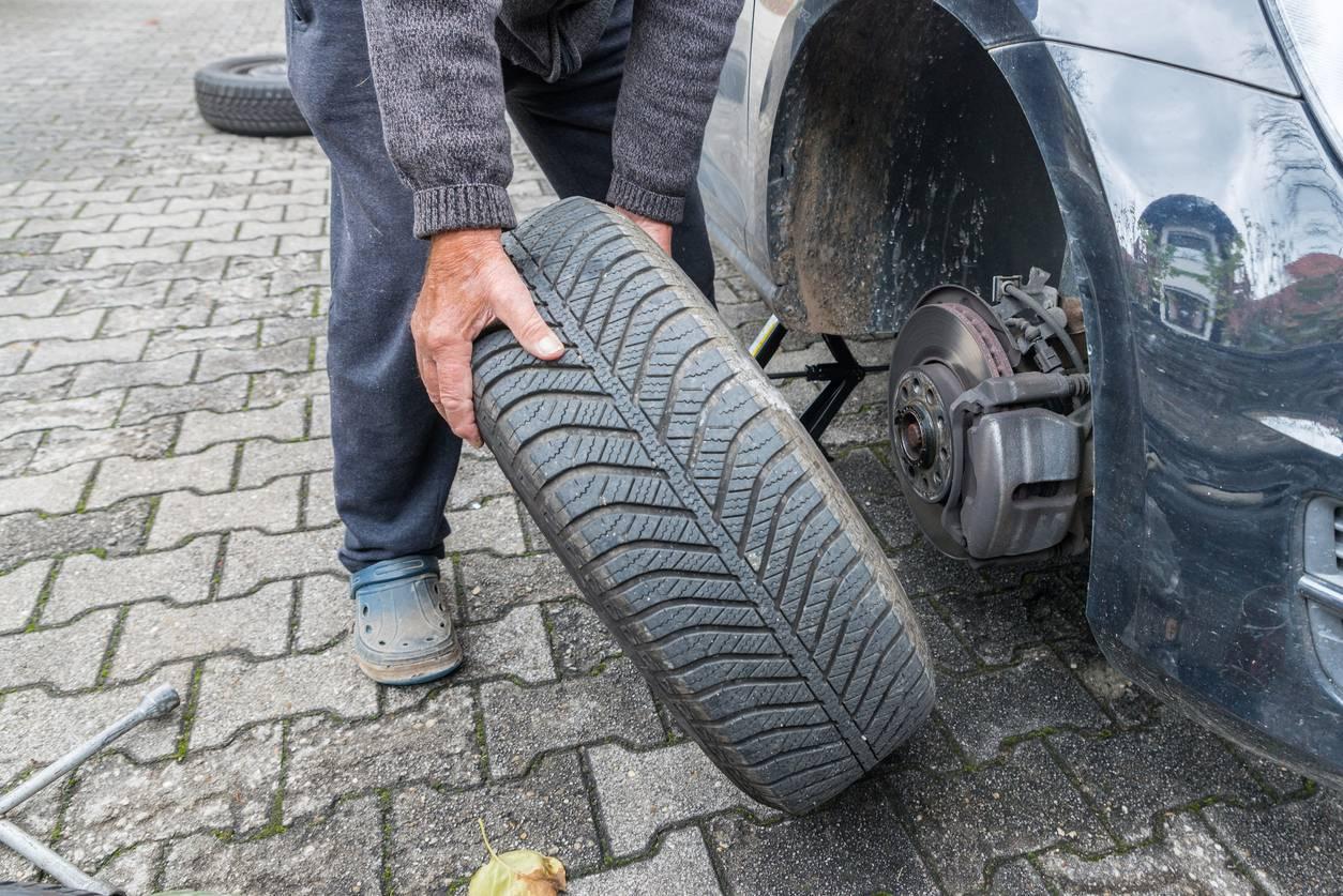 Pneus d'été, pneus d'hiver : faut-il changer ?