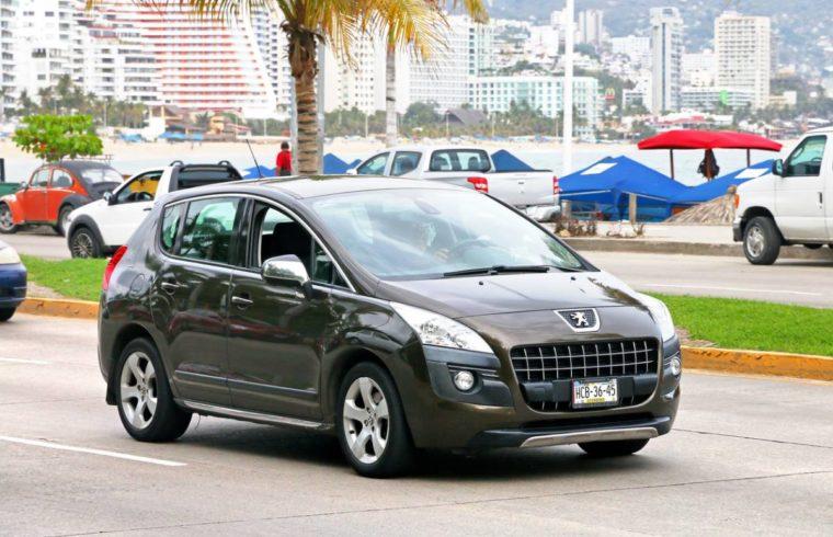 Un mini-SUV très tendance : le Peugeot 2008