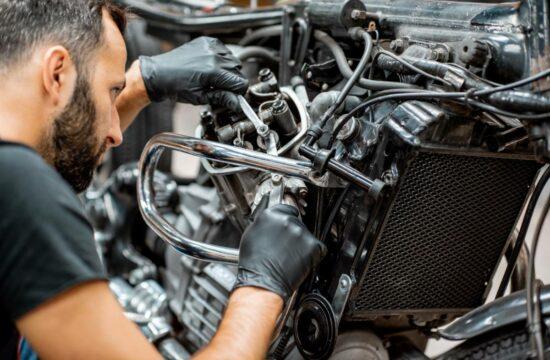 Changer de moto ou la réparer : quelle solution est la plus intéressante ?